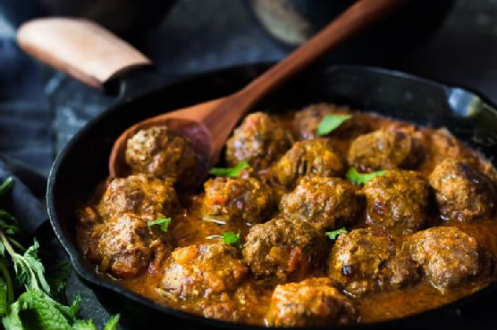 Lamb Meatballs with Indian Curry Sauce
