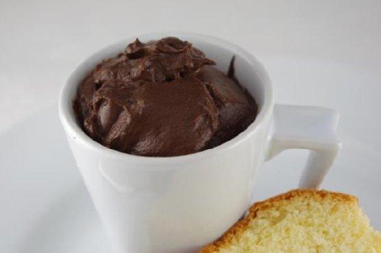 Vanilla Sponge Cake With Chocolate Mocha Pudding