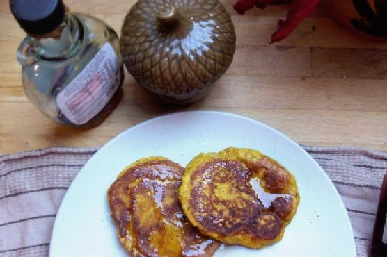 5 Ingredient High Protein Pumpkin Pancakes