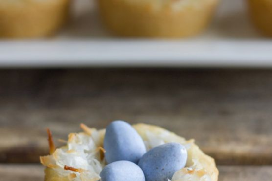 Sugar Cookie Easter Egg Nests