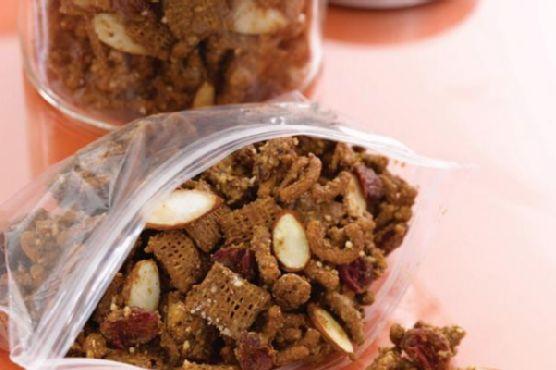 Antioxidant Almond Snack Mix