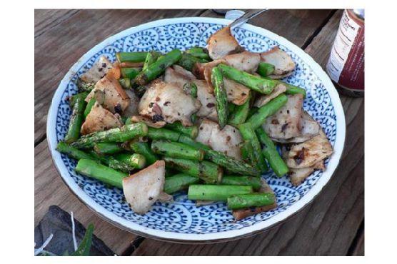 Asparagus Stir-Fry With Black Bean Sauce
