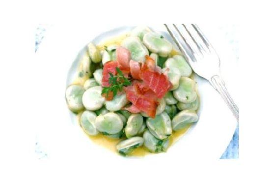 Broad Beans With Lemon & Thyme Vinaigrette