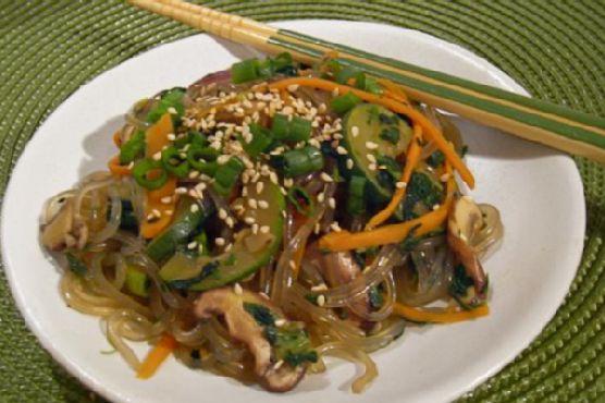 Chapchae (Korean Stir-Fried Noodles)