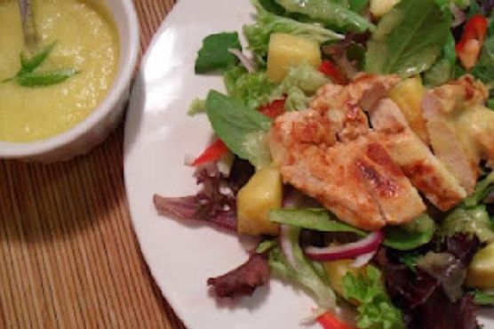 Chicken and Spring Mix Salad with Spicy Pineapple Dressing
