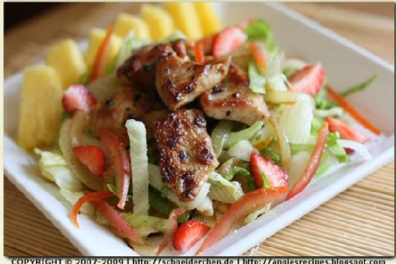Chicken Medallions And Fruit Salad