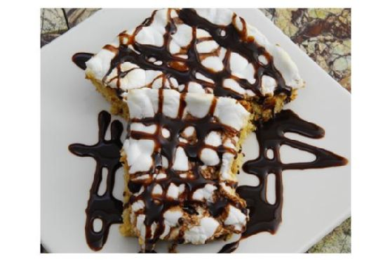 Chocolate Chip Peanut Butter Mallow Dessert Bars