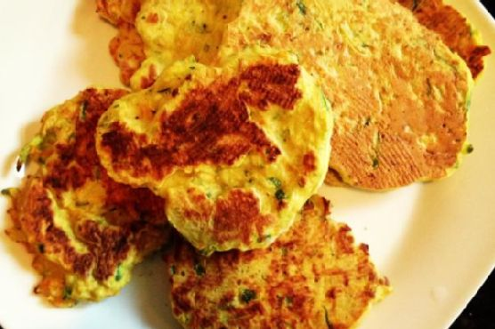 Clean Eating Carrot & Zucchini Pancakes