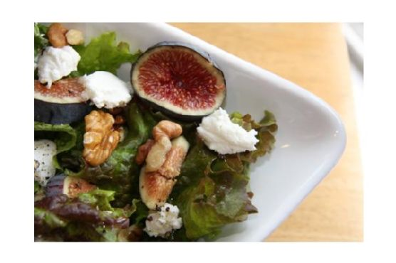 Fig, Goat Cheese and Walnut Salad
