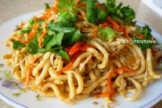 Fried Udon With Dried Shrimp