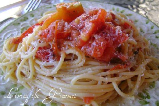 Garden Fresh Tomato Sauce & Spaghetti