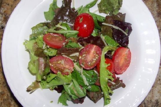 Green Side Salad With Sweet and Spicy Basil Vinaigrette