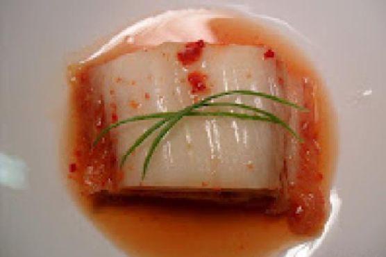 Kimchi/Kimchee/Gimchi (Korean Fermented Spicy Cabbage)