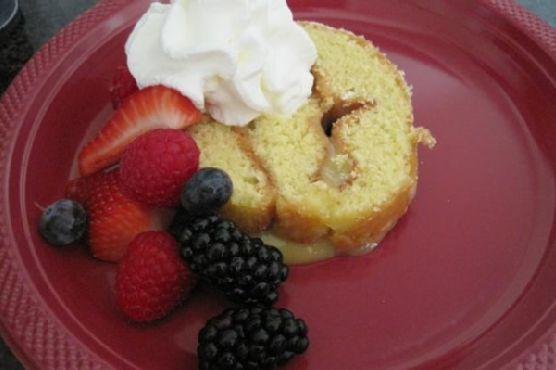 Lemon Cake Roll With Lemon Curd Filling
