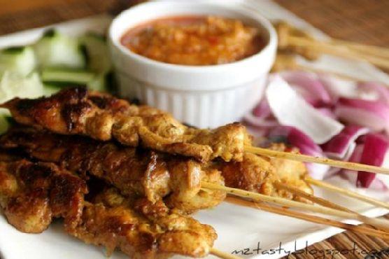 Malaysian Chicken Satay With Peanut Sauce