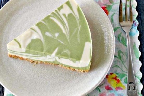 No-Bake Green Tea Tofu Cheesecake