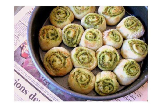 Pesto Rolls