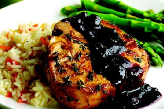 Pork Chops With Blueberries & Thyme