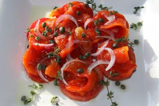 Roasted red peppers and tomatoes salad