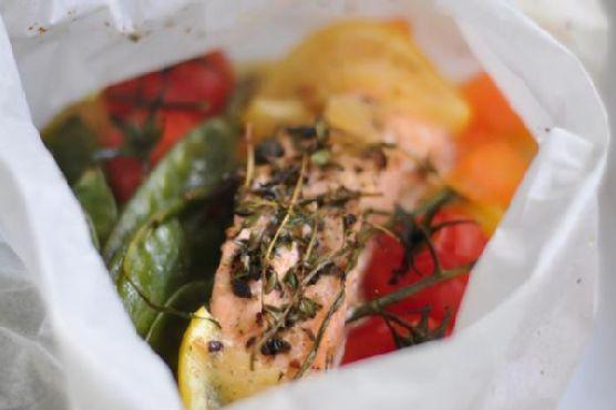 Salmon & Vegetables En Papillote