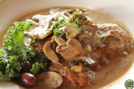 Sauteed Chicken With Mushrooms and Cream