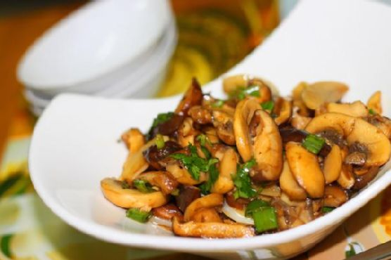 Stir Fry Mushrooms In Butter, Garlic And White Wine