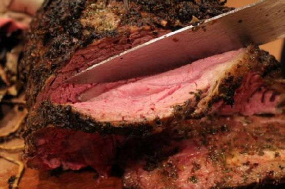Traditional Garlic and Herb Crusted Prime Rib Roast