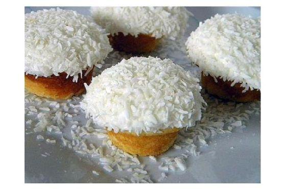 Vanilla Coconut Snowball Cupcakes