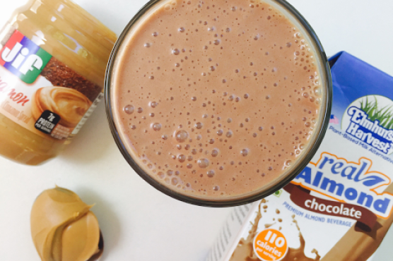 Chocolate Peanut Butter Cinnamon Smoothie