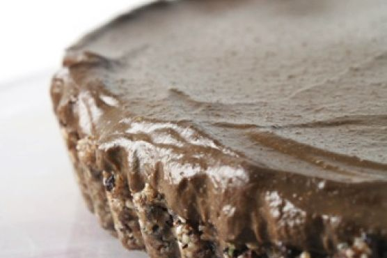 Raw Superfood Chocolate Cream Pie