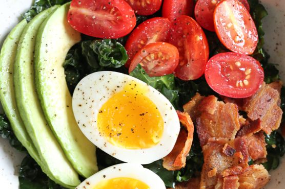 Breakfast BLT Salad