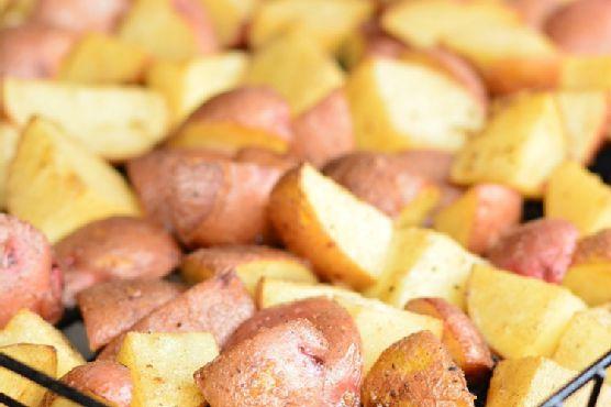 Grill Roasted Garlic Potatoes