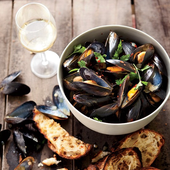 Fennel Mussels With Piquillo Rouille